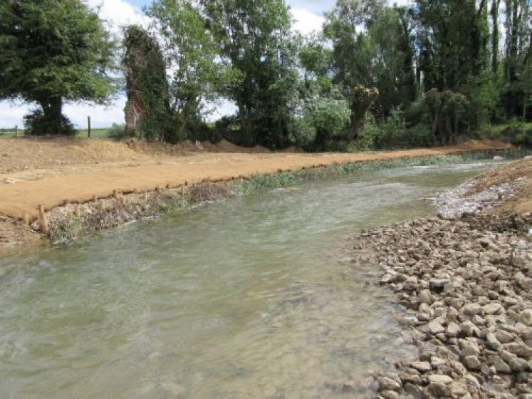 Des travaux de rétablissement de la continuité écologique de la Lys pour rétablir le bon fonctionnement de la vie aquatique