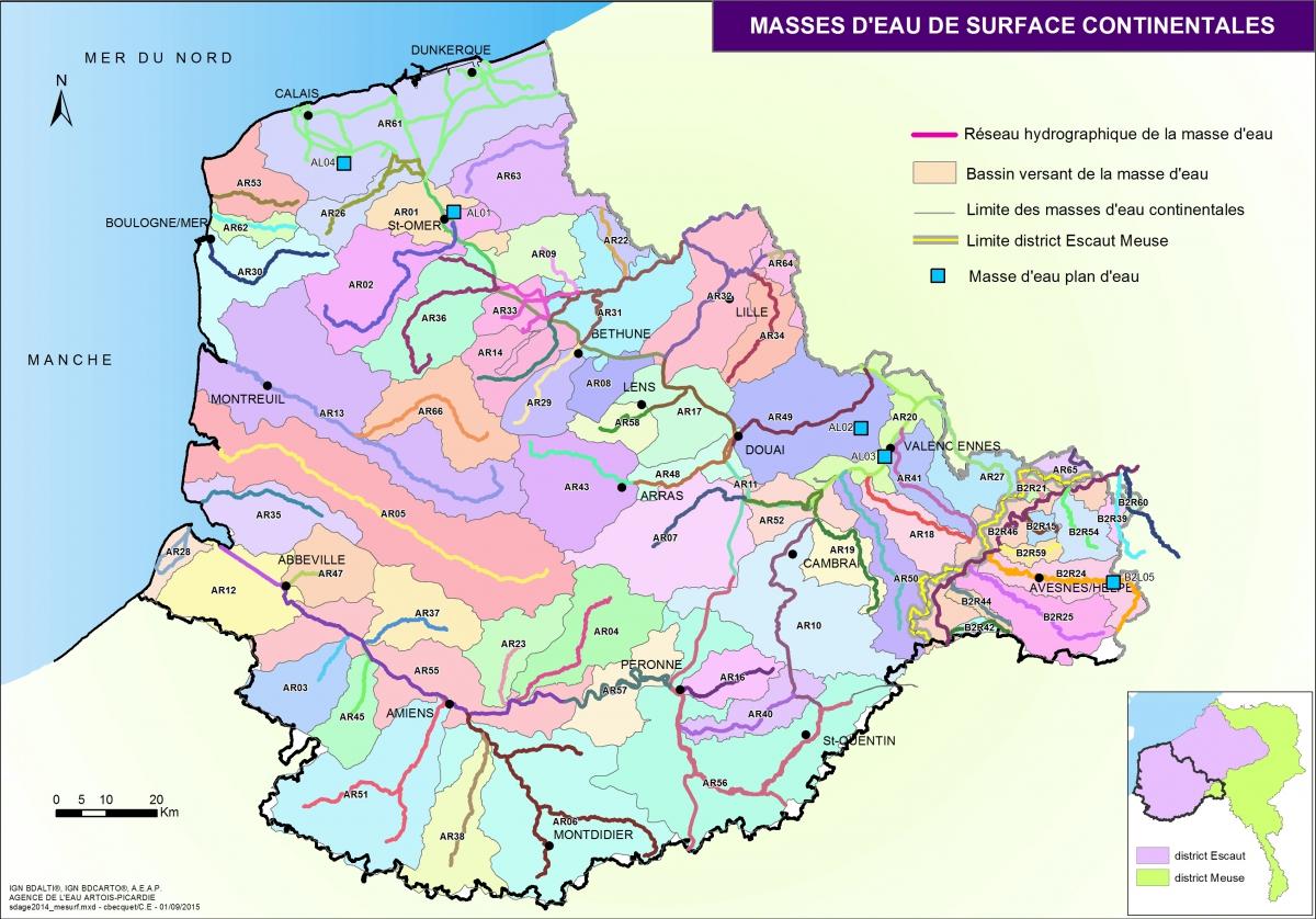 p020_carte03_masse_eau_surface_continentale.jpg